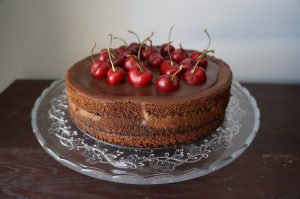 Cheesecake de cerezas y chocolate